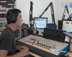 radio24g.jpg