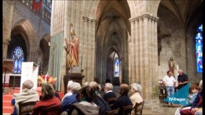 2013-10-cathedrale-treguier-03-vign
